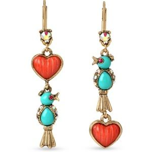 BETSEY JOHNSON Delicates Bird Charm Earrings Heart